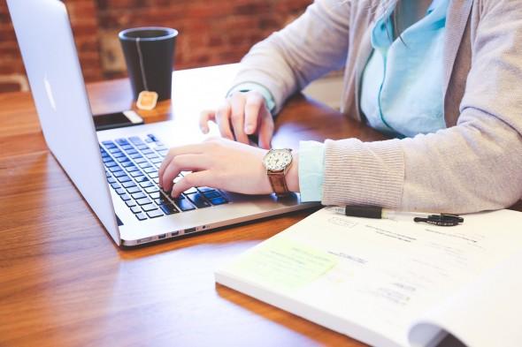 Typing, Woman